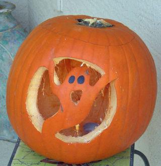 Carved pumpkin 08